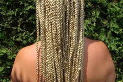 blond thick senegalese twists